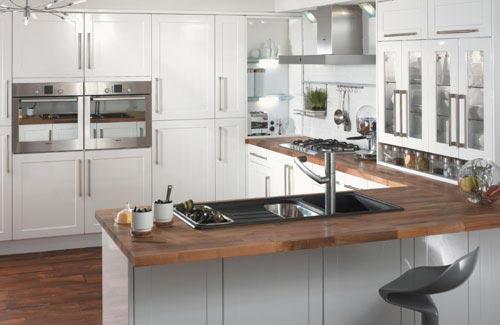 Cozinha-Planejada-em-L-Branca
