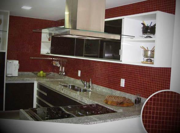 Cozinha-com-pastilha-vermelha