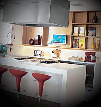 cozinha com ilha quadrada