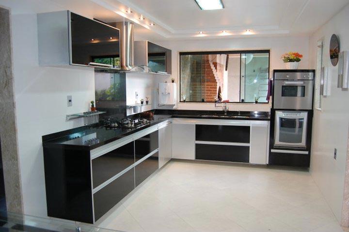 Cozinhas planejadas em L