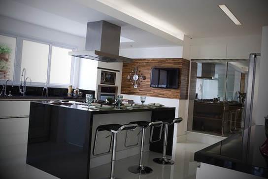 Cozinhas planejadas com ilha  Cozinhas planejadas com ilha